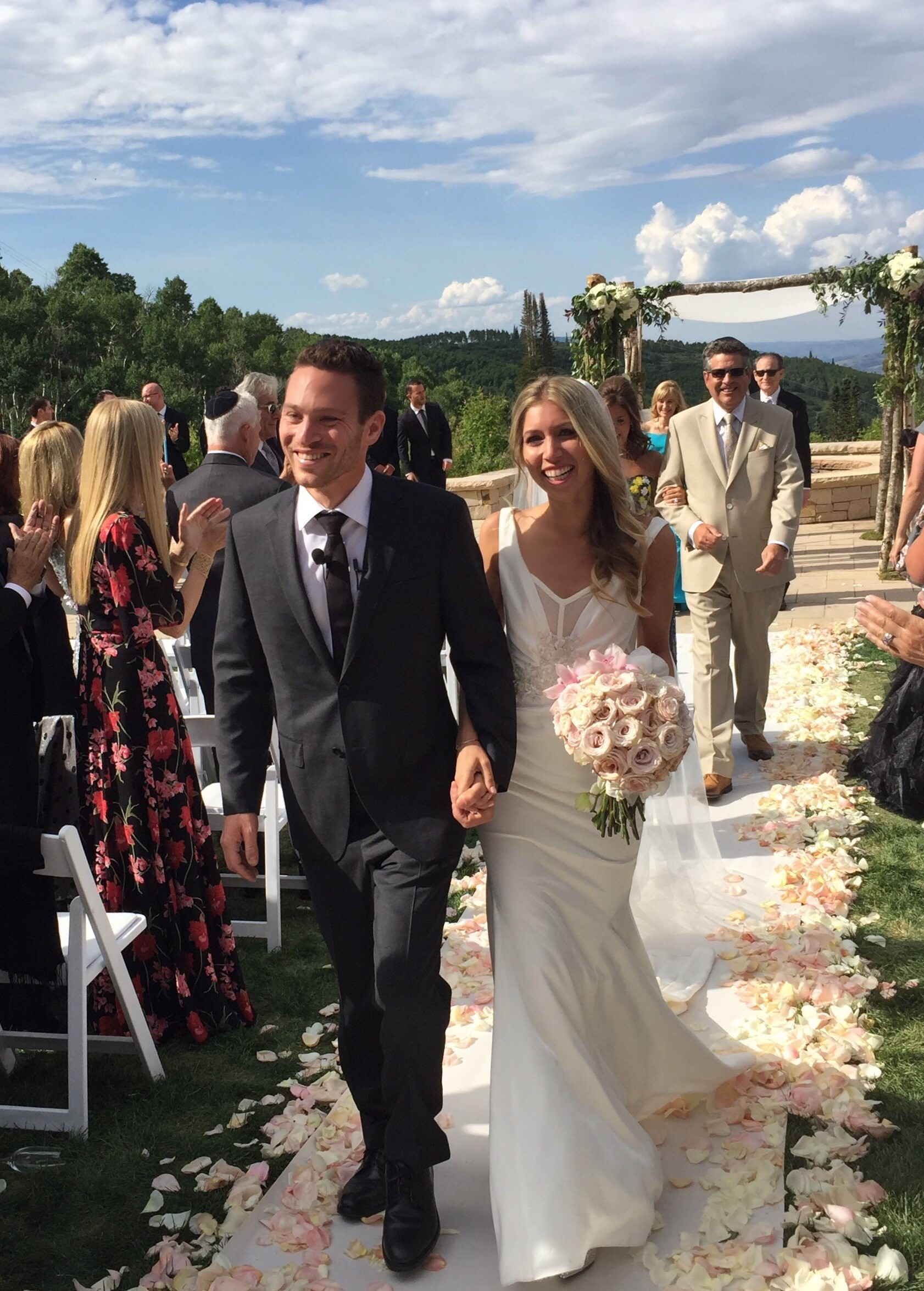 Jaclyn And Kevin S Wedding Blogs Amp Forums