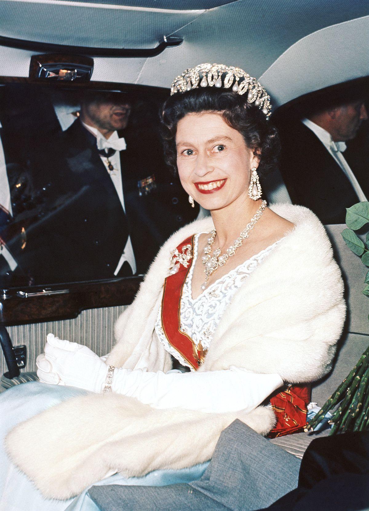 queen_elizabeth-1997cc8b-4f22-4d3d-a9c0-5ddb4cddccdc.jpg