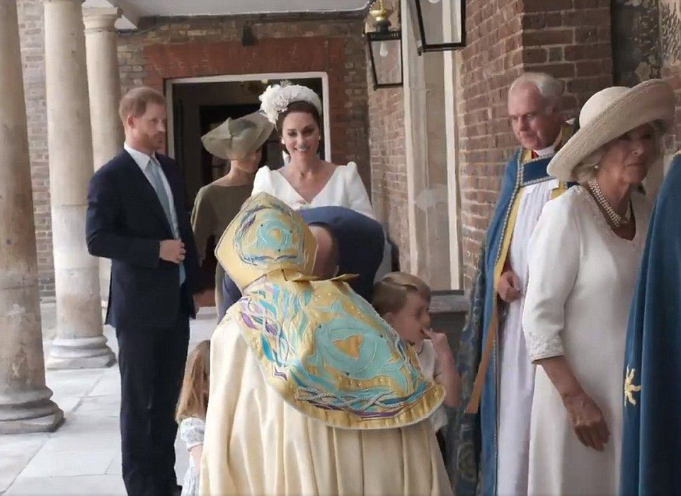 4E104CBD00000578-5933103-The_Archbishop_of_Canterbury_bent_down_to_greet_George_and_Charl-a-85_1531150753167.jpg