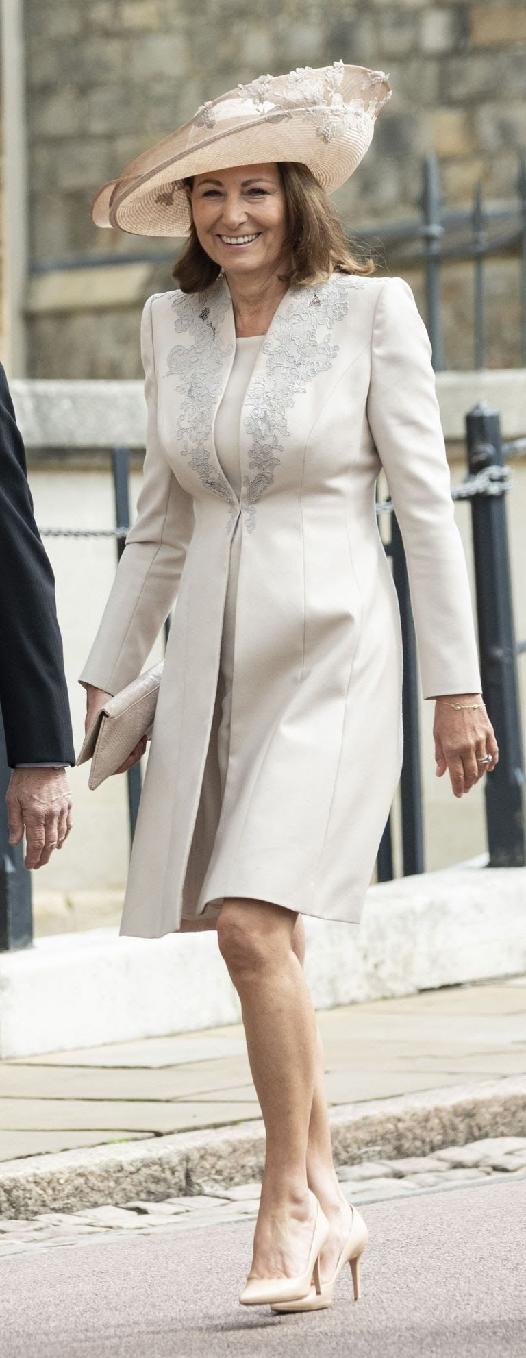 carole-middleton-attends-the-wedding-of-lady-gabriella-news-photo-1144556031-1558182077.jpg