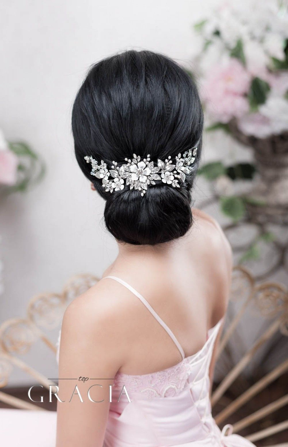 flower_wedding_hairpiece_for_short_hair-1000x1550.jpg