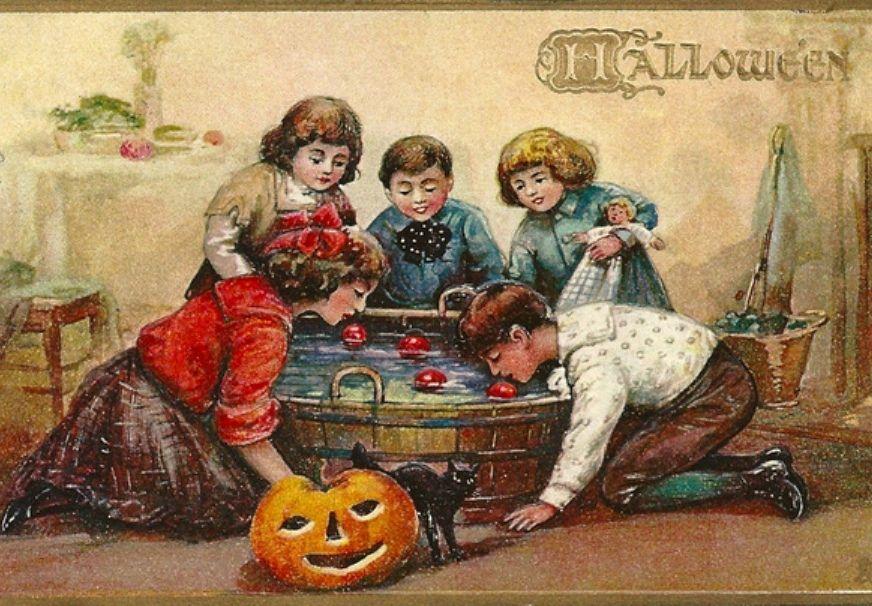 halloweenbobgingapples.jpg