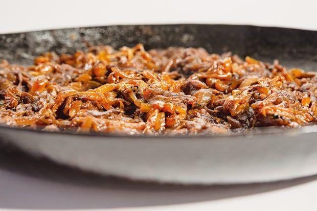 r-rated-caramelize-onions-vivian-howard-recipe-101620.jpg