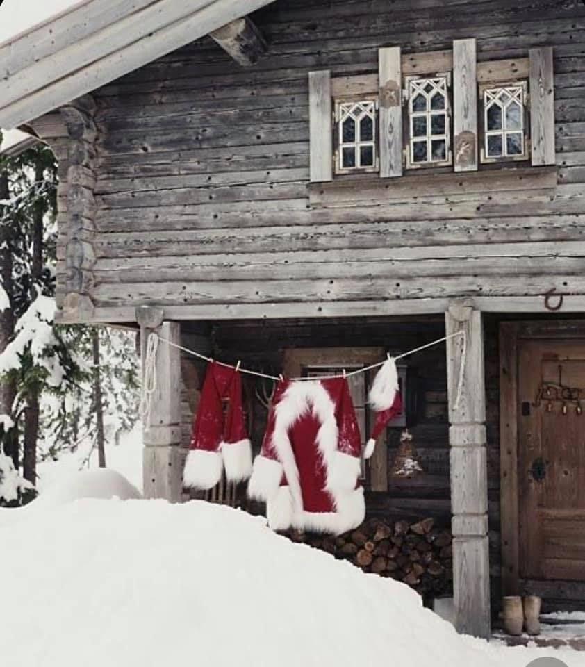 Santas House.jpg