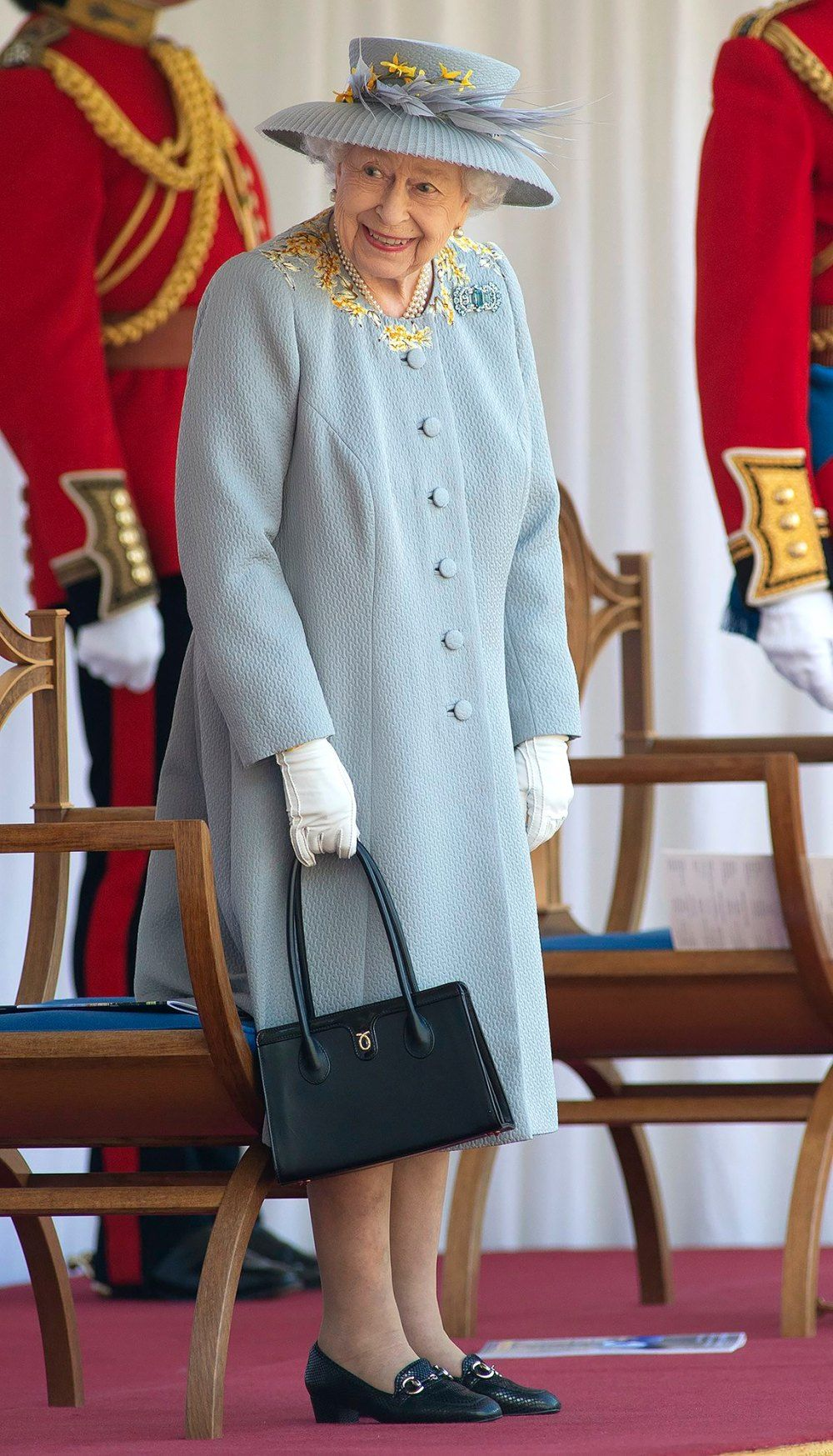 Queen-Elizabeth-Celebrates-Trooping-of-the-Colour-Without-the-Royal-Family-03.jpg