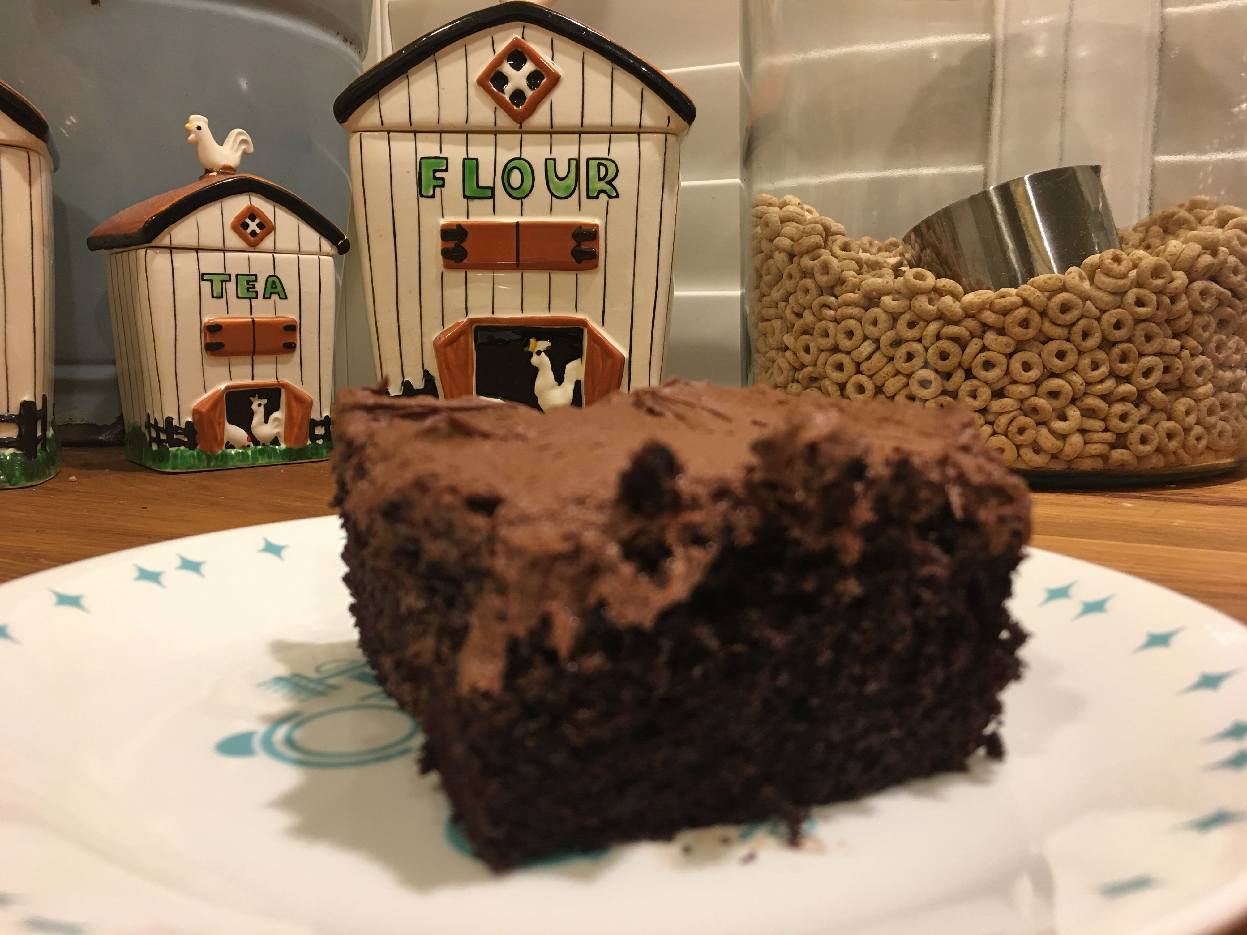 hershey chocolate cake and frosting.JPG