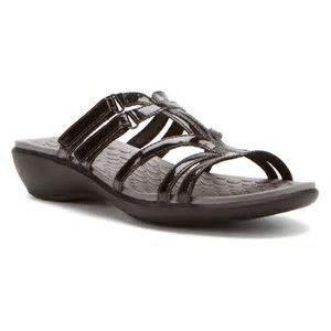 Clarks Privo slide sandal.jpg
