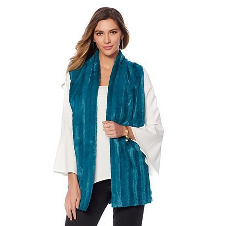 slinky-brand-faux-fur-vest-d-20180917141501923~632072_339.jpg