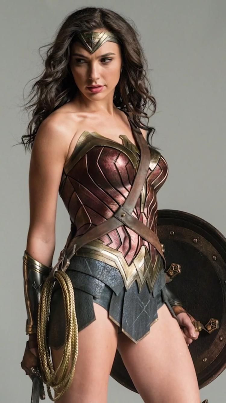 Batman_v_Superman_-_Wonder_Woman.jpg