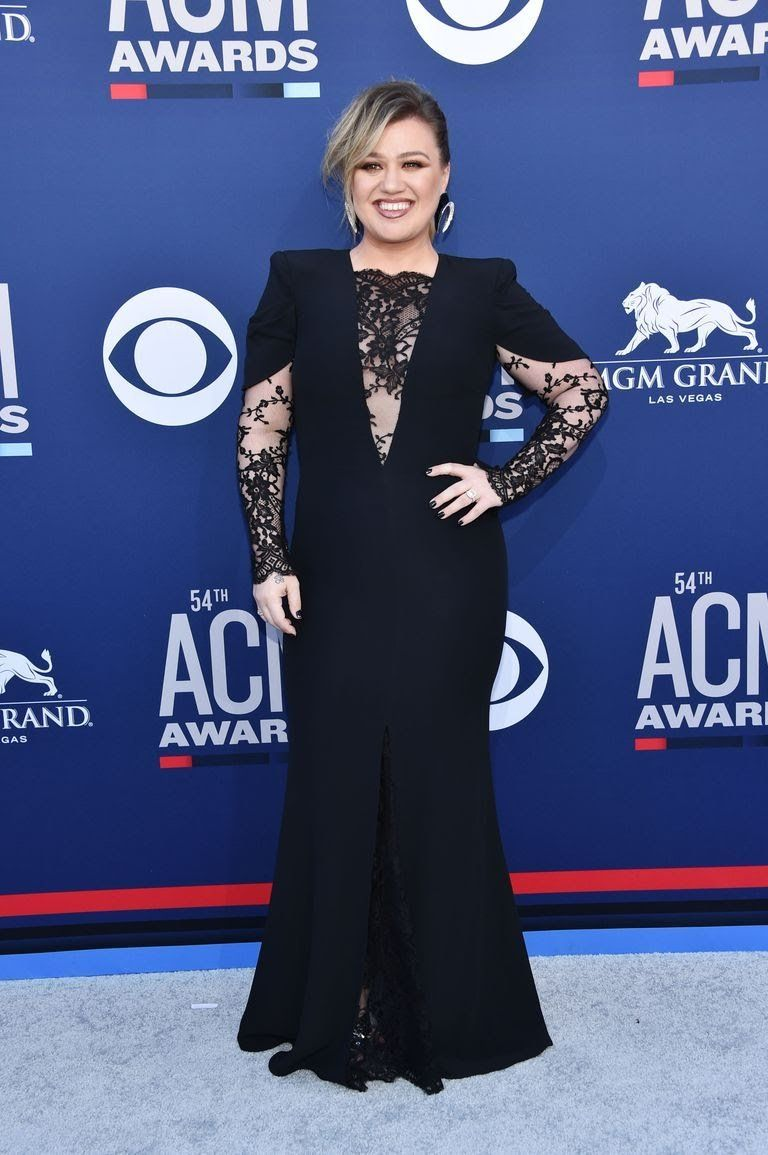 kelly-clarkson-attends-the-54th-academy-of-country-music-news-photo-1141083562-1554681531.jpg