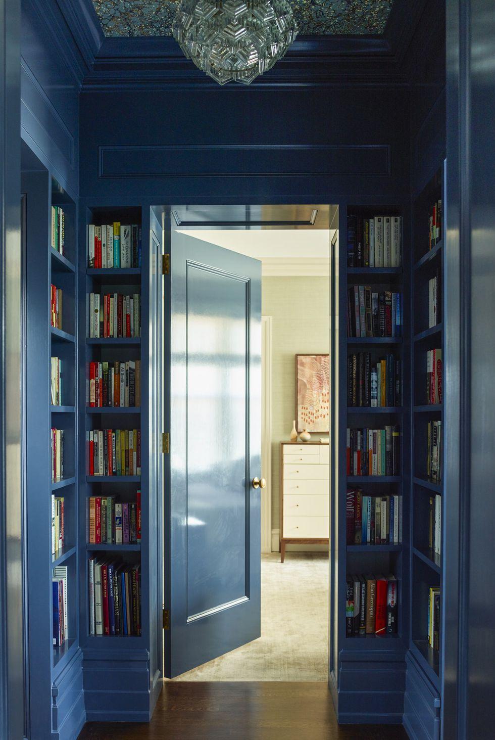 home-library-4-1533674276.jpg