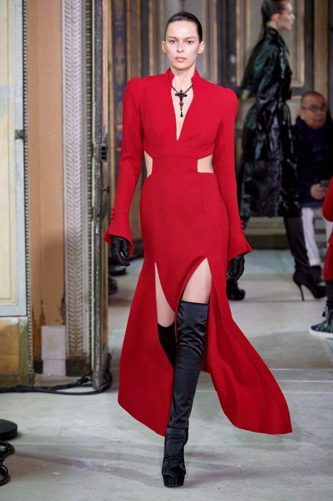 Karlie-Kloss-Bravo-Project-Runway-Event-Red-Carpet-Fashion-Olivier-Theyskens-Tom-Lorenzo-Site-12-682x1024.jpg