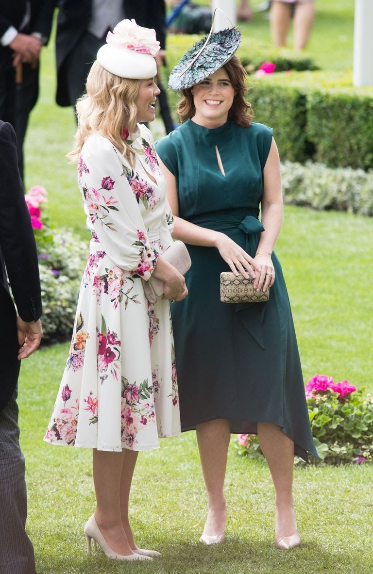 princess-eugenie-of-york-and-autumn-phillips-attends-day-news-photo-1157152187-1561046440.jpg