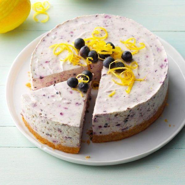 No-Bake-Blueberry-Cheesecake_EXPS_JMZ18_23820_B03_07_2b-696x696.jpg