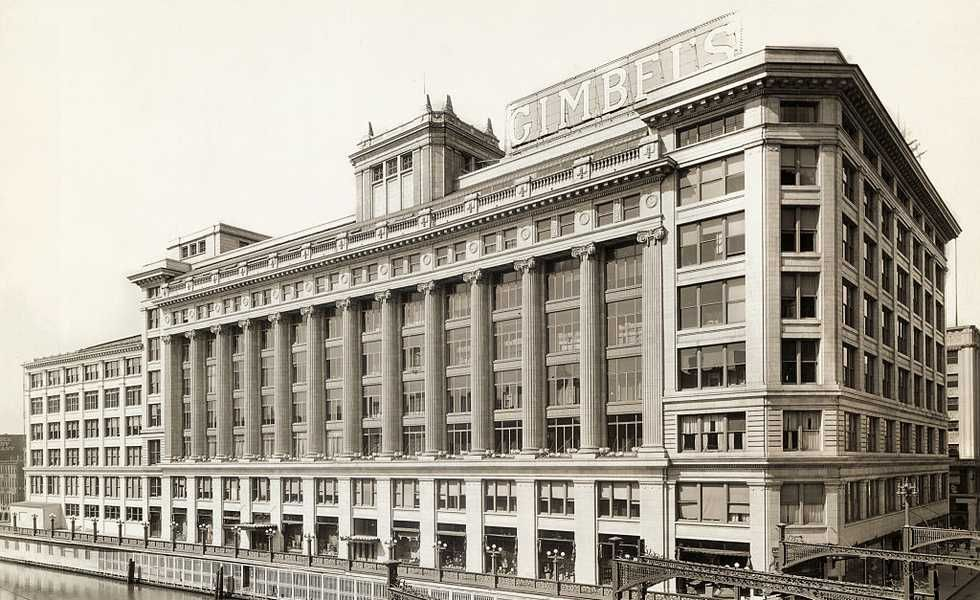 exterior-view-of-gimbels-department-store-news-photo-530837312-1542315991.jpg