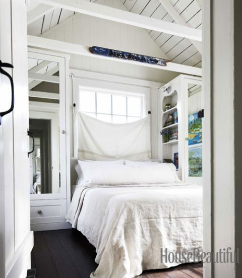 54c069604af19_-_loset-doors-white-bedroom-arched-ceiling-0712-dempster22-xl.jpg