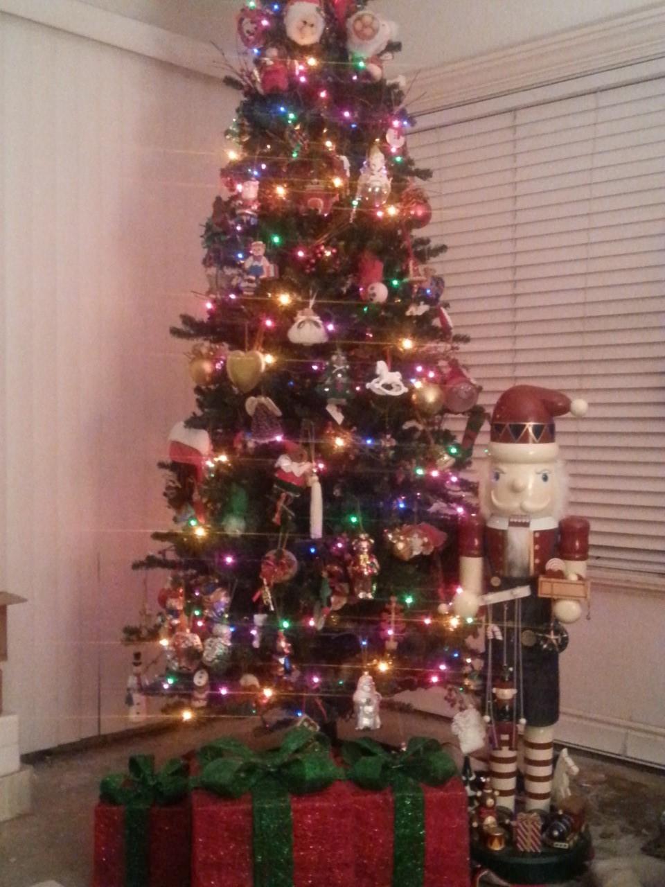 ChristmasTree_2016_2.jpg
