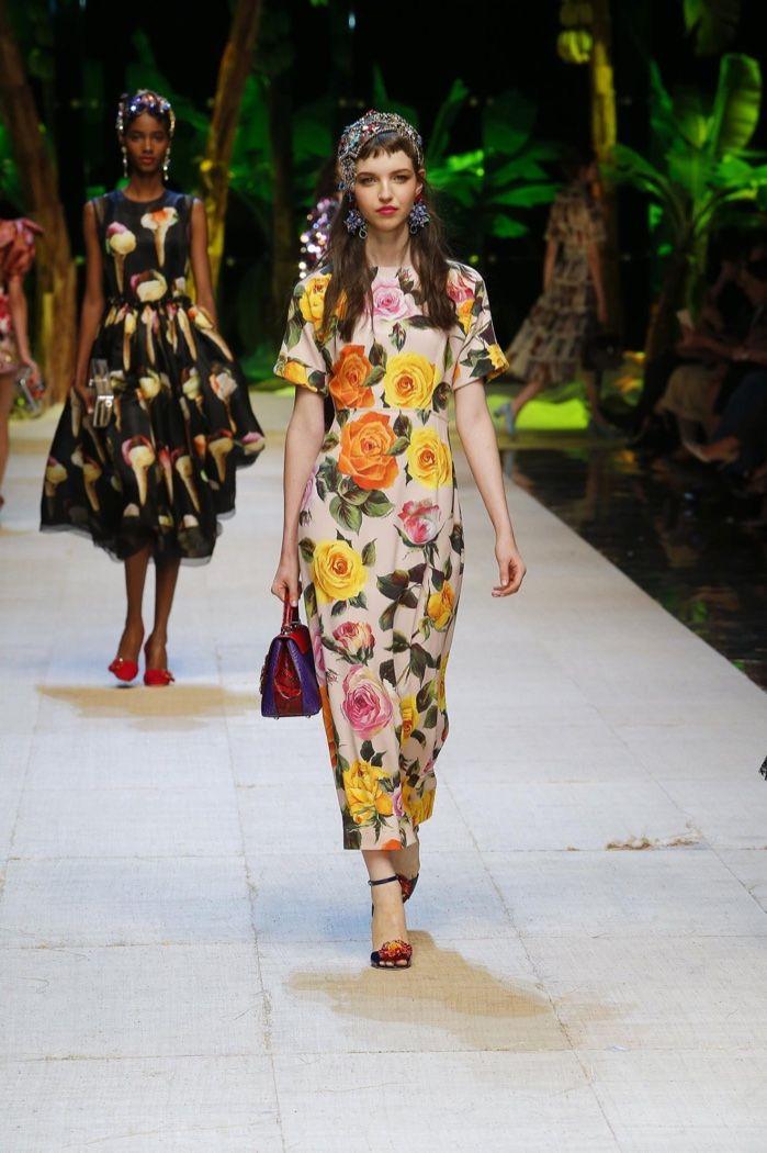 Dolce-Gabbana-Spring-Summer-2017-Runway23.jpg